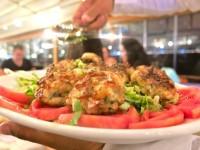 Lido Restorant'ta Yemek de Sohbet de Şahane